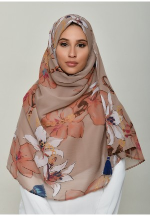 Lilies Beige-Chic!Maxi-Printed Crinkled Chiffon