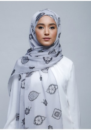 Purity-Free Style with Xinner-Printed With Pompoms Crinkled Chiffon