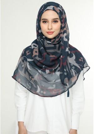 Qawiyya Navy-Chic!Maxi-Printed Crinkled Chiffon